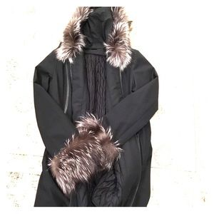 Winter coat,excellent condition with real fur.